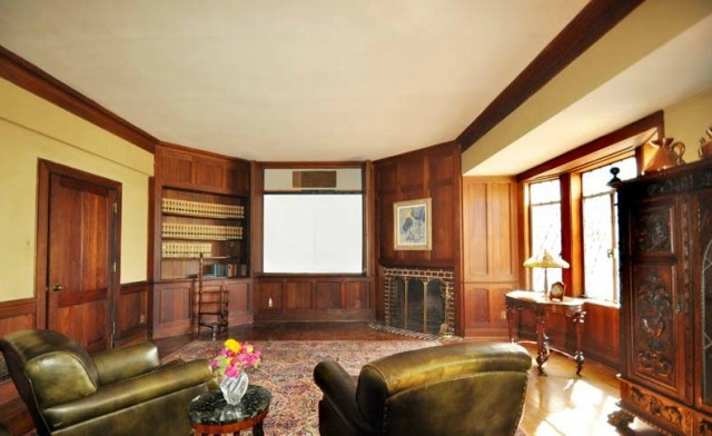 Walt-Disney-Woking-Way-Residence-4-640x392